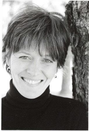 Photo of Gillian Johnson