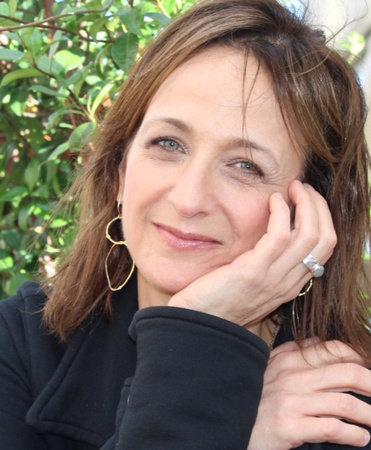 Photo of Debbie Stier