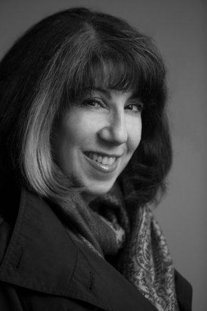 Photo of Renée Rosen