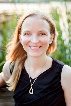 Photo of Annie Rains
