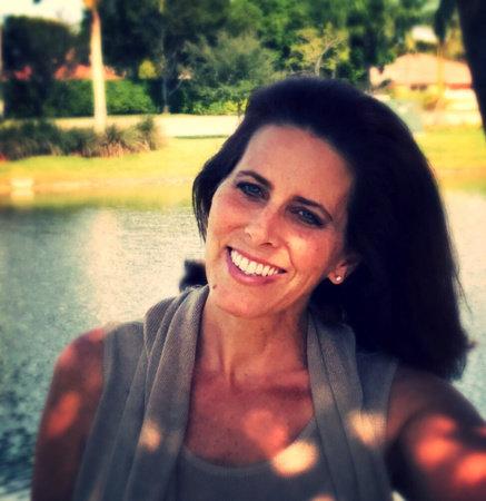 Photo of Julie Shepard