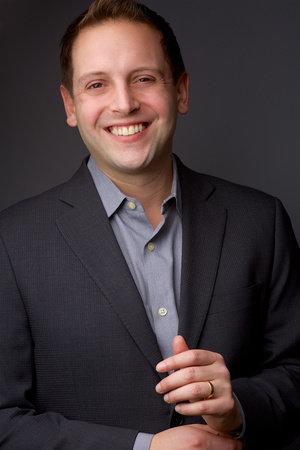 Photo of Zach Schonbrun