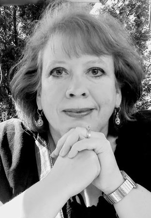 Photo of Julia Buckley