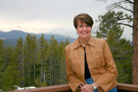 Photo of Margaret Coel