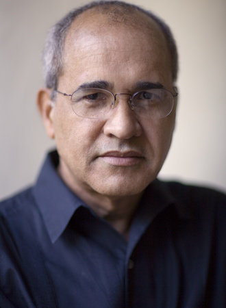 Photo of Arnold Rampersad
