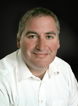 Photo of Chris Riddell