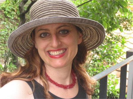 Photo of Leza Lowitz