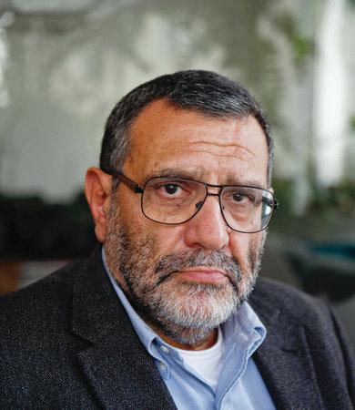 Photo of David Landau