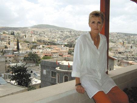 Photo of Susan Nathan