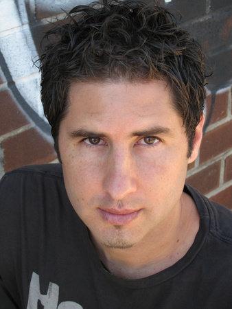 Photo of Matt de la Pena