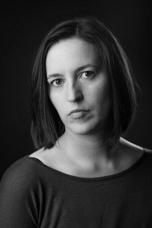 Photo of Beth Lewis