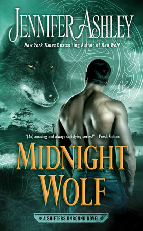 The cover of the book Midnight Wolf