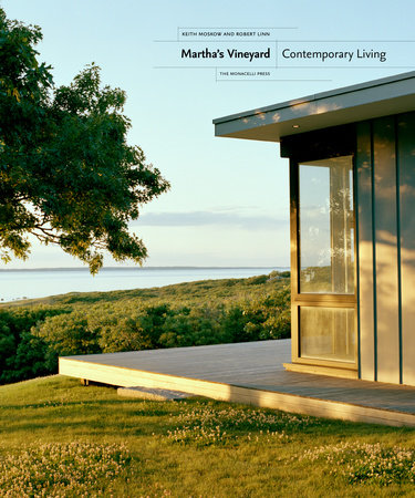 Martha's Vineyard by Keith Moskow and Robert Linn