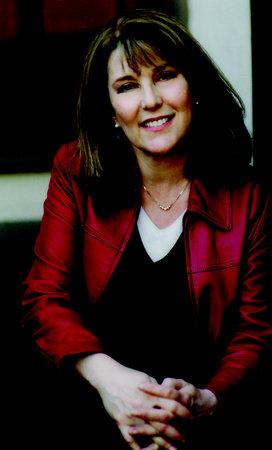 Photo of Lori Hope