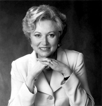Photo of Mira Kirshenbaum