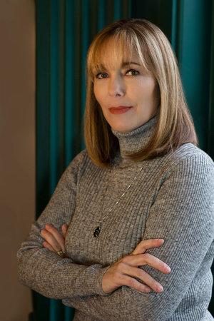 Photo of Leslie Nagel