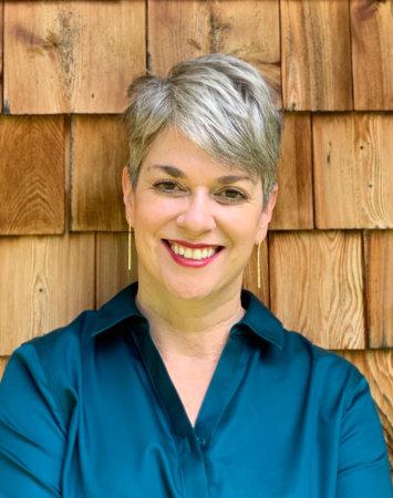 Photo of Kristan Higgins
