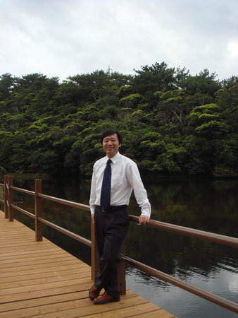 Photo of Dr. Qing Li