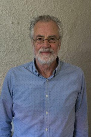 Photo of Robert Hillman