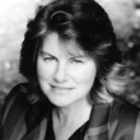 Photo of Carole Seymour-Jones