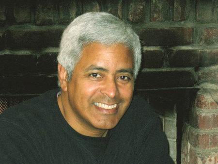 Photo of Raul Colon