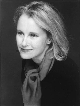 Photo of Lorraine Adams