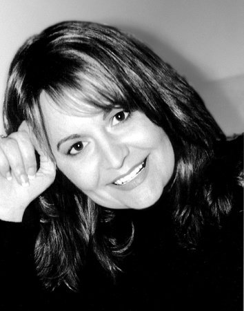 Photo of Suzanne Hansen