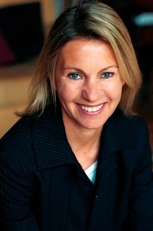 Photo of Kate Mosse