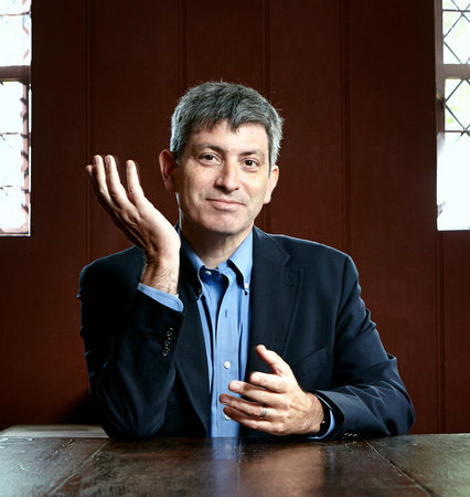 Photo of Carl Zimmer