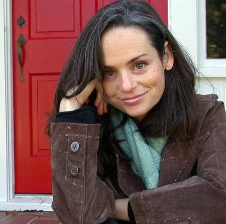 Photo of Julianna Baggott