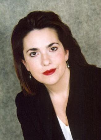 Photo of Stephanie Bond