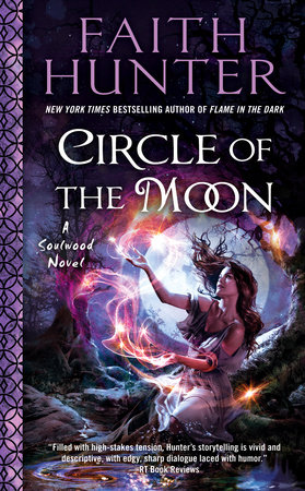 Circle of the Moon by Faith Hunter