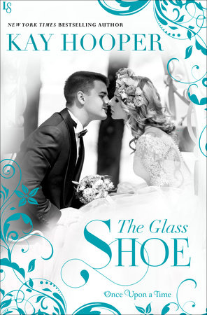 The Glass Shoe by Kay Hooper