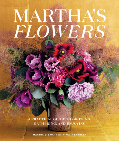 The cover of the book Martha's Flowers, Deluxe Edition